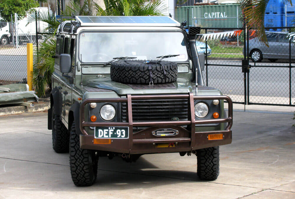 The Land Rover Roaming The Outback Australian Travel Blog